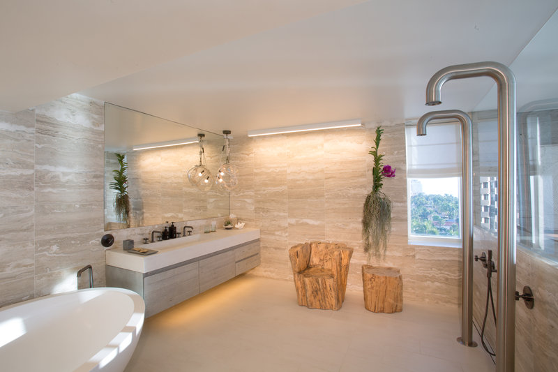 1 Hotel South Beach-Presidential Suite (PRES) bath<br/>Image from Leonardo