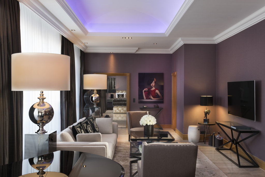 Hotel Palace Berlin - Royal Suite Living Room <br/>Image from Leonardo