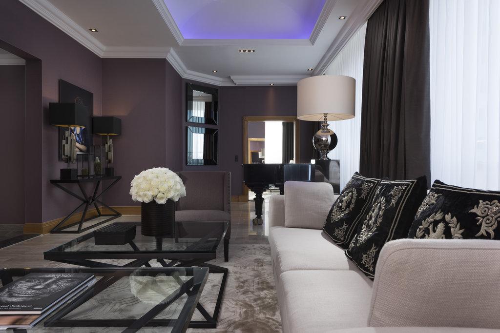 Hotel Palace Berlin - Royal Suite Piano <br/>Image from Leonardo