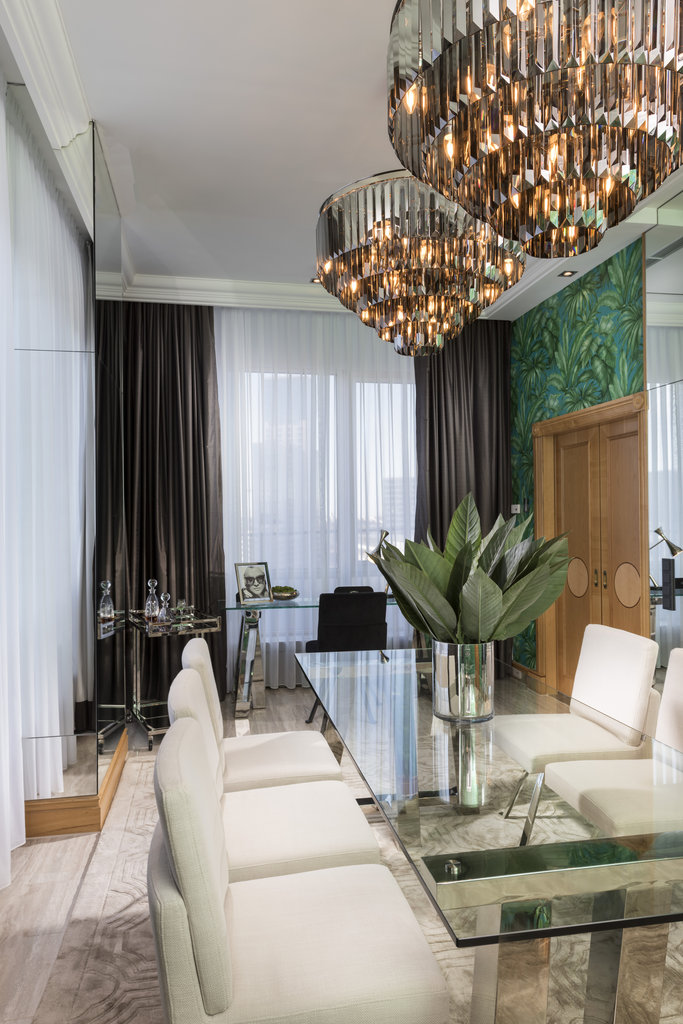 Hotel Palace Berlin - Royal Suite Dining Room <br/>Image from Leonardo