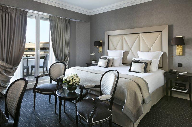 Hotel Barriere Le Majestic-Chambre Deluxe Ville<br/>Image from Leonardo