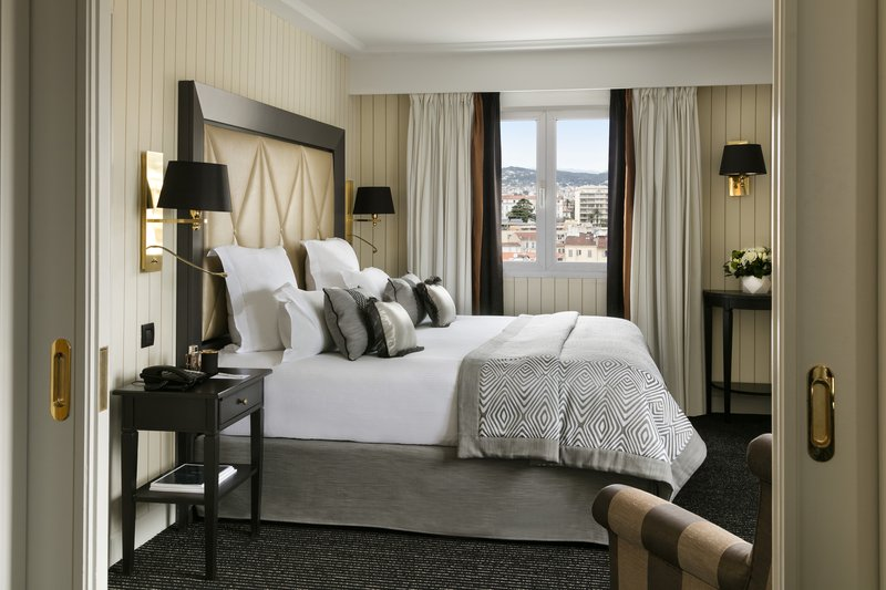 Hotel Majestic Barriere-Suite Sup Rieure Ville<br/>Image from Leonardo
