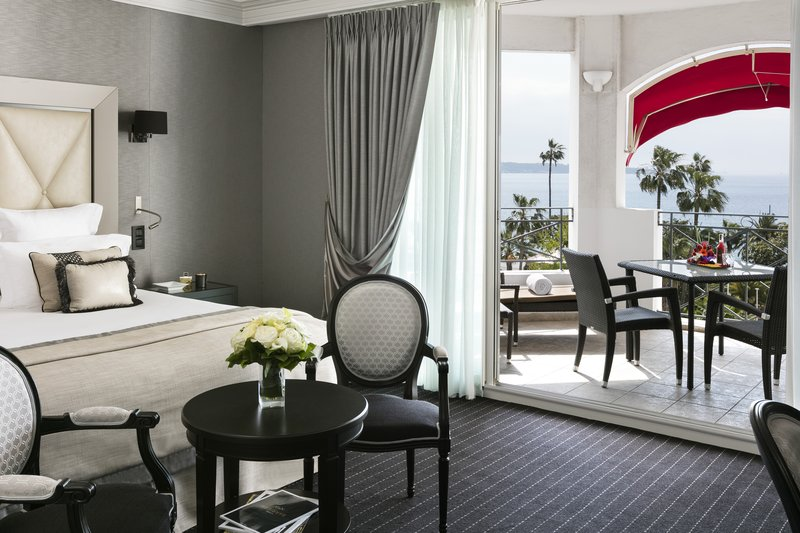 Hotel Barriere Le Majestic-Junior Suite Prestige Terrasse Mer<br/>Image from Leonardo