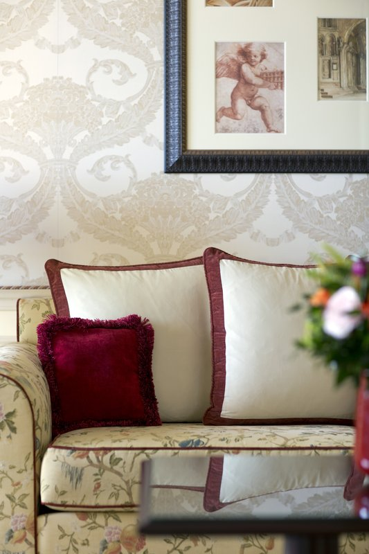 HOTEL METROPOLE MONTE CARLO-Prestige Suite living room<br/>Image from Leonardo