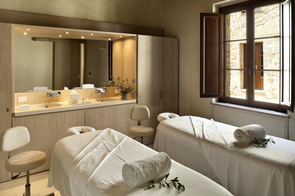 Castel Monastero-Spa Suite<br/>Image from Leonardo