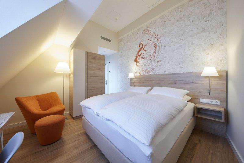 Victoria Hotel-Attic double room<br/>Image from Leonardo