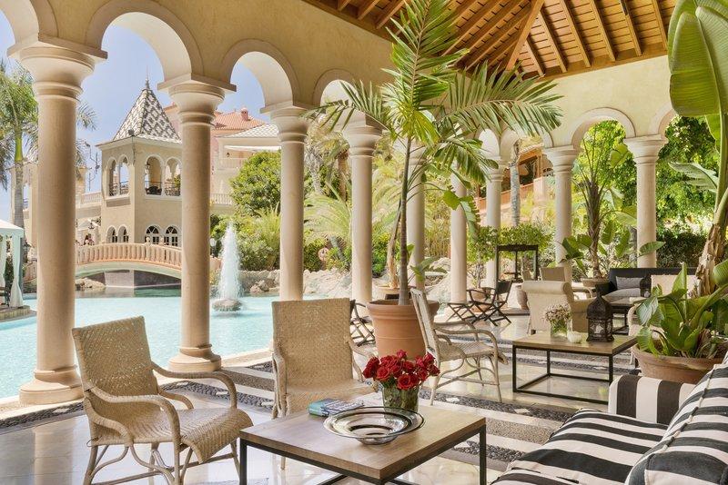 Gran Hotel Bahia del Duque-Reading Room Bahia del Duque<br/>Image from Leonardo