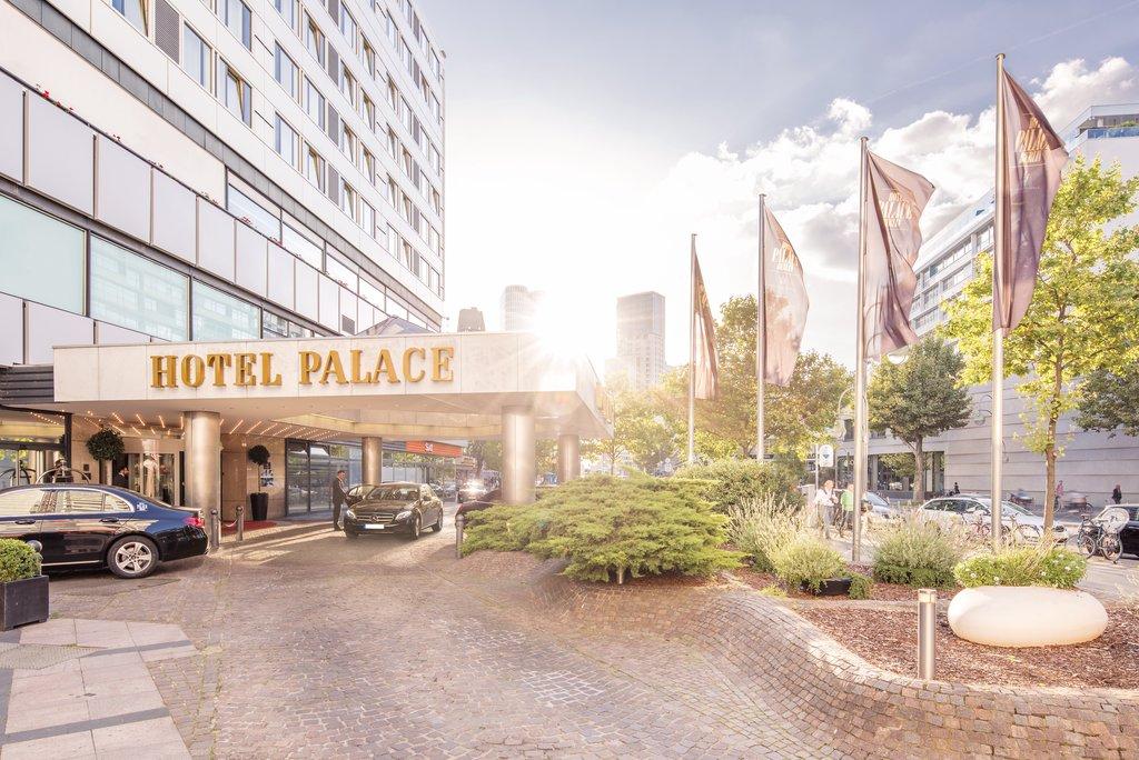 Hotel Palace Berlin - Entrance <br/>Image from Leonardo
