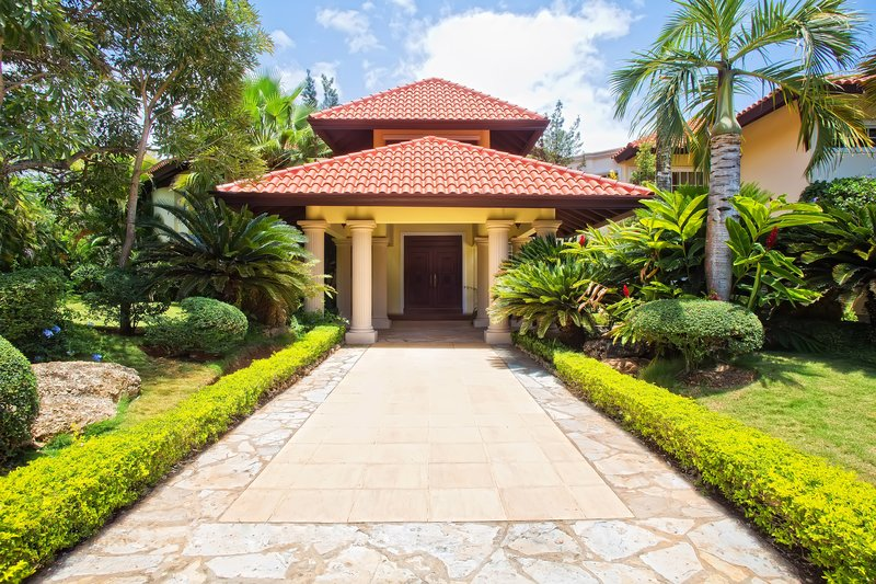 Casa De Campo - 5 Bedroom Classic Villa Front Door <br/>Image from Leonardo
