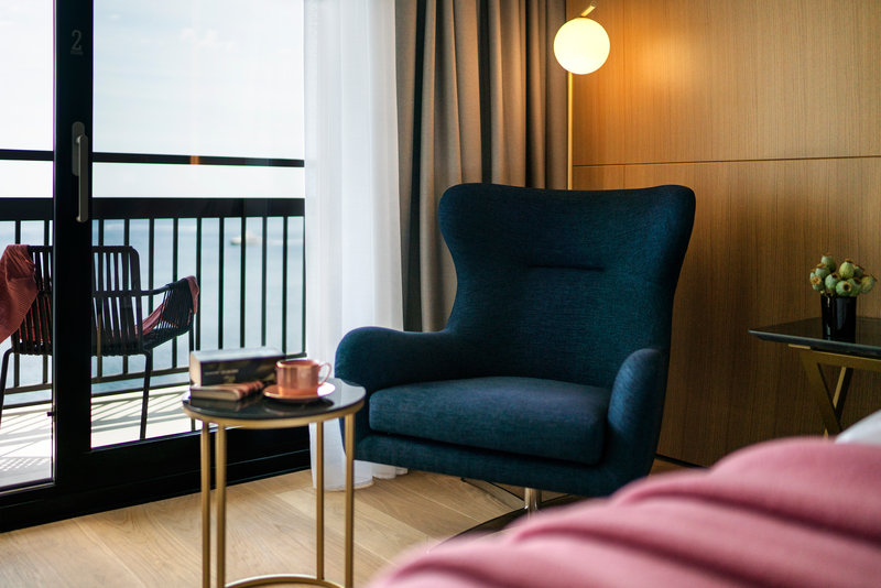 Excelsior-Deluxe Room Lounge - The Tower<br/>Image from Leonardo