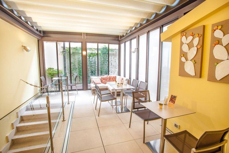 Camelia Hotel-Coffe area<br/>Image from Leonardo