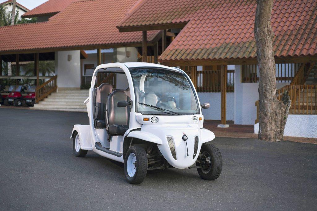 Casa De Campo - Elite Suite Golf Cart <br/>Image from Leonardo