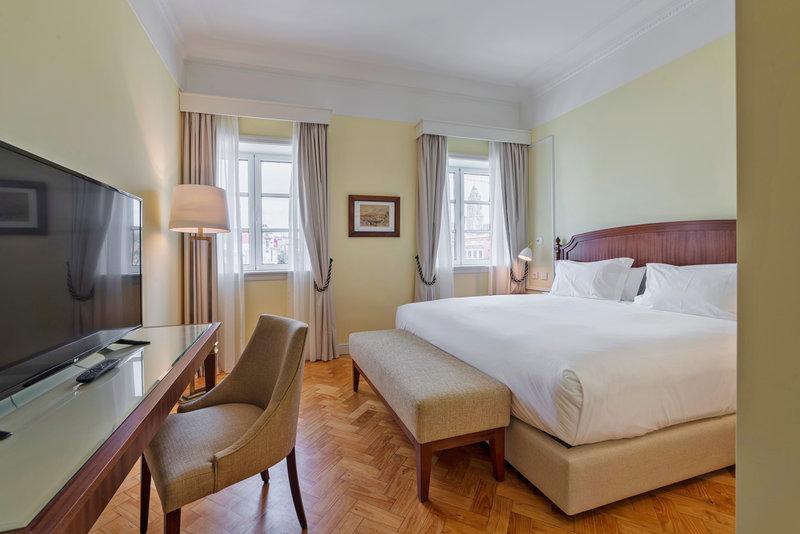 Hotel Infante Sagres-Classic Room<br/>Image from Leonardo