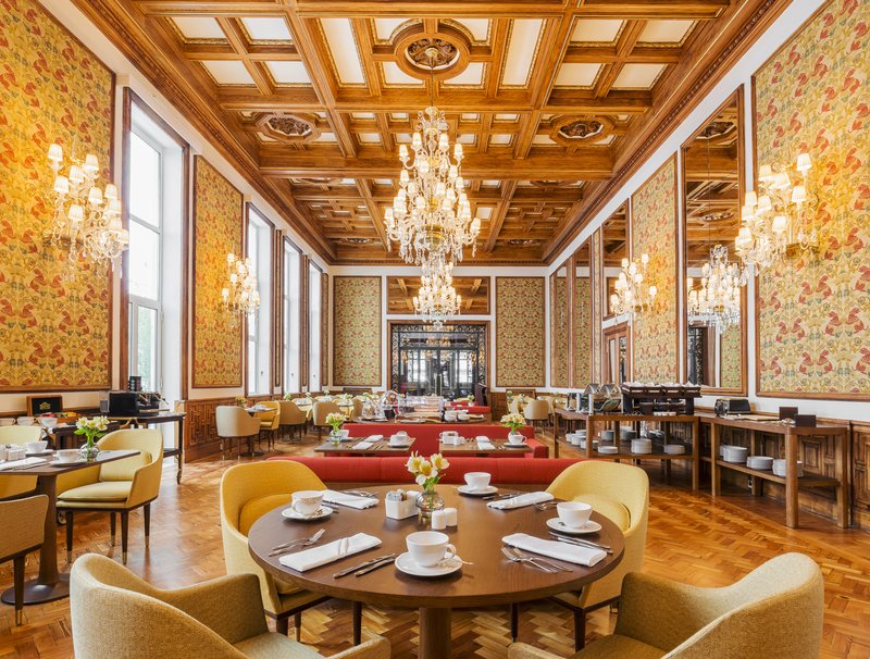 Hotel Infante Sagres-Dona Filipa de Lencastre Breakfast Room<br/>Image from Leonardo