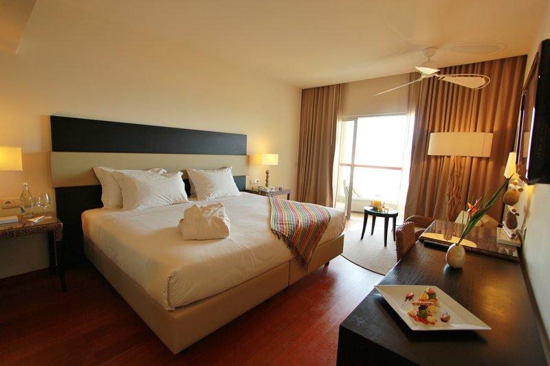 Crowne Plaza Vilamoura - Algarve-Guest Room<br/>Image from Leonardo