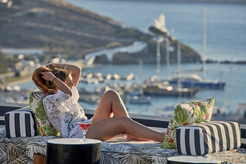 Poseidon Hotel-Sunset Lounge<br/>Image from Leonardo