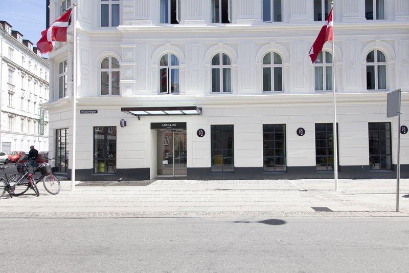 Absalon Hotel-IMGFacade-Flag<br/>Image from Leonardo