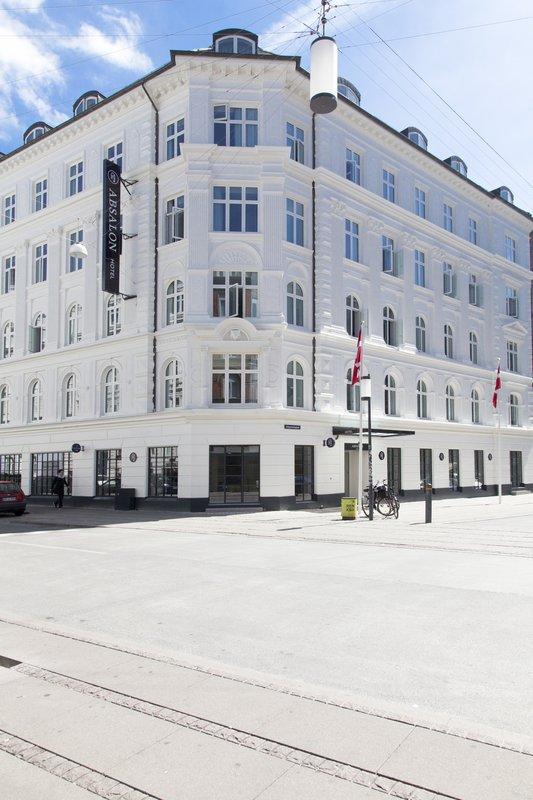 Absalon Hotel-IMGFacade<br/>Image from Leonardo