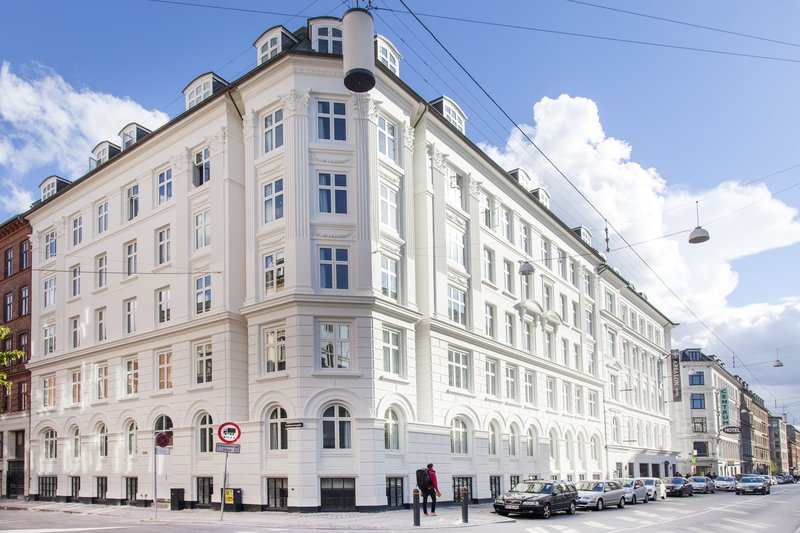 Absalon Hotel-Front<br/>Image from Leonardo