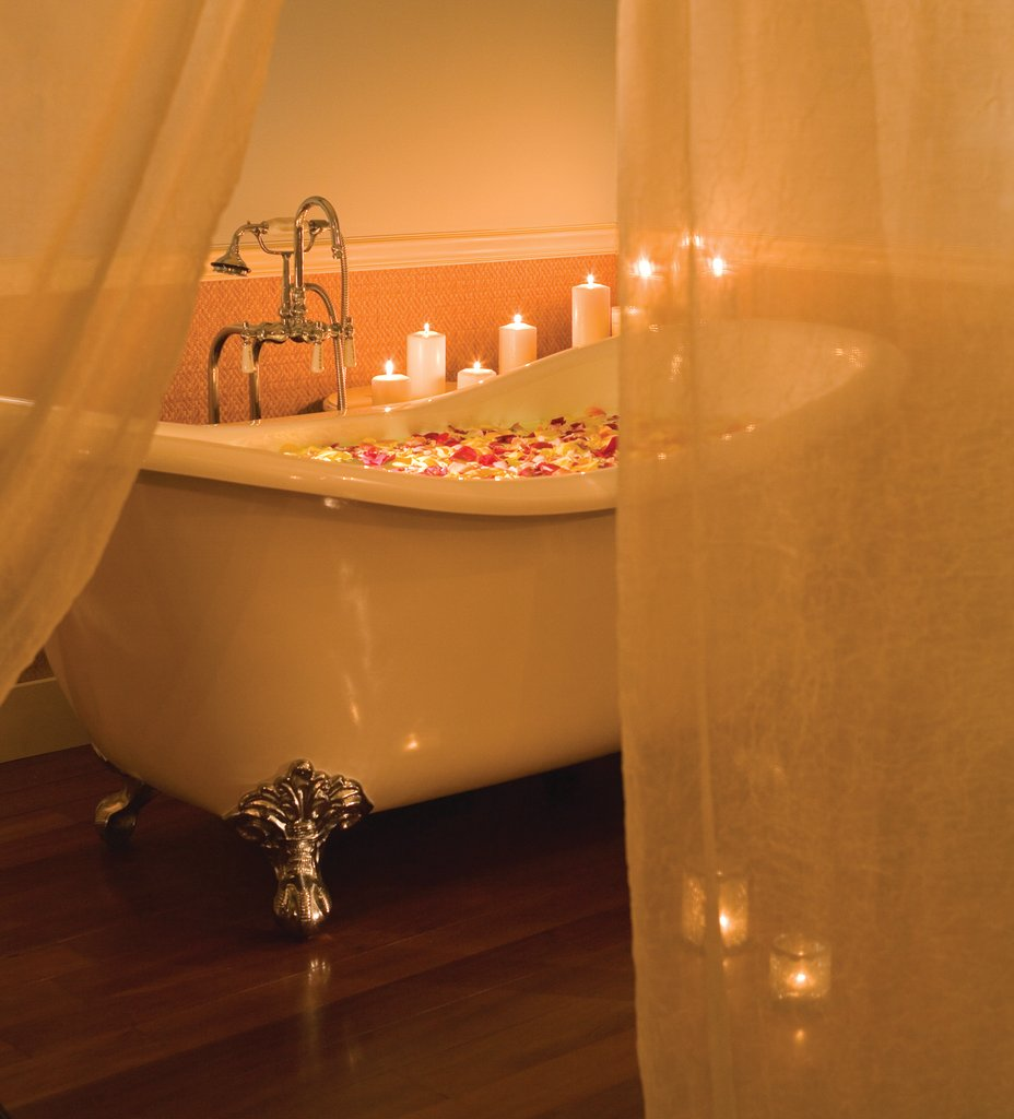 The Shores Resort and Spa-Indulge Spa Claw Foot Tub<br/>Image from Leonardo