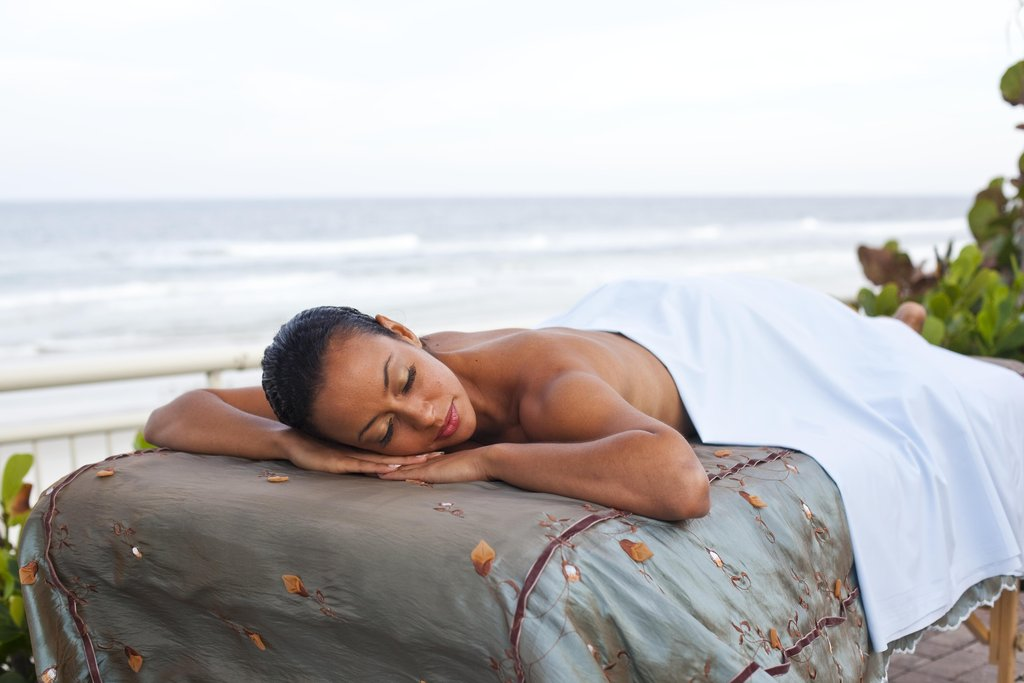 The Shores Resort and Spa-Indulge Spa Beachside Massage<br/>Image from Leonardo