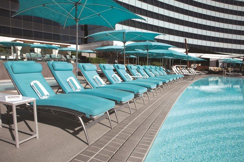 Vdara Hotel & Spa at Aria Las Vegas - Vdara Pool Lounge Chairs <br/>Image from Leonardo