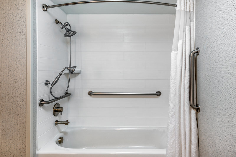 Holiday Inn Express Chapel Hill-Ease of use in our accessible tub<br/>Image from Leonardo