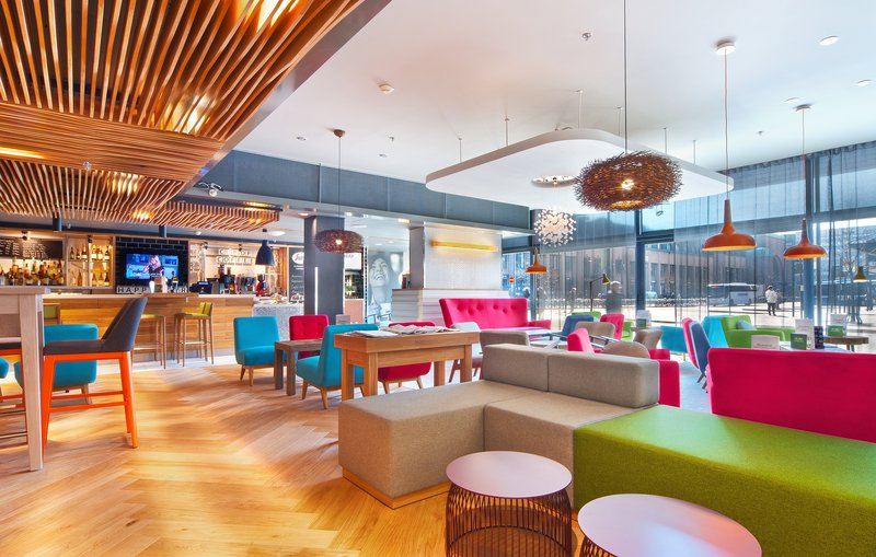 Holiday Inn Helsinki City Centre-Have a break and enjoy a cup of coffee or a drink at Open Lobby<br/>Image from Leonardo