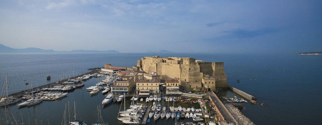 Grand Hotel Vesuvio-view from Sky Lounge<br/>Image from Leonardo