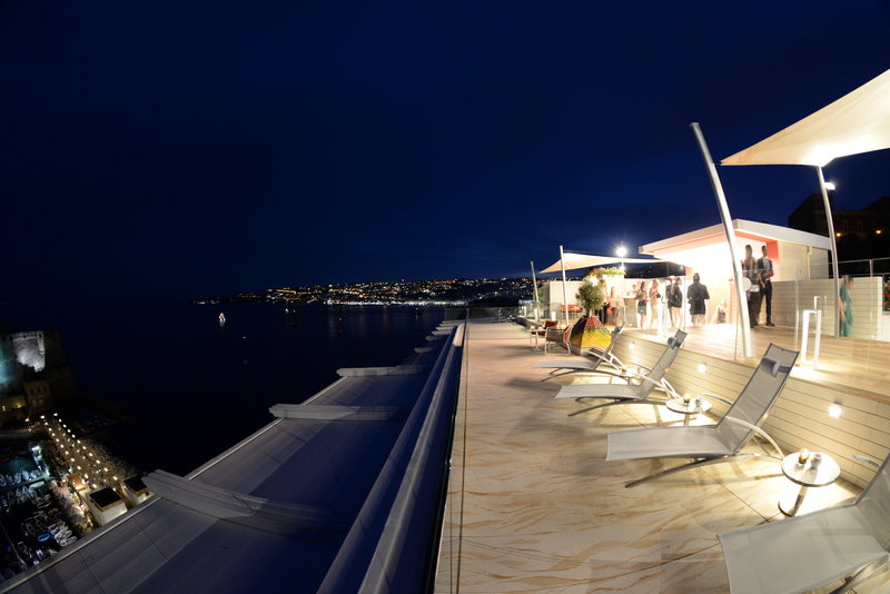 Grand Hotel Vesuvio Naples-Sky Lounge Solairum Cocktail Bar by Night<br/>Image from Leonardo
