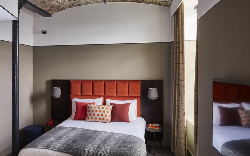 Hotel Indigo Dundee-Guest Room<br/>Image from Leonardo