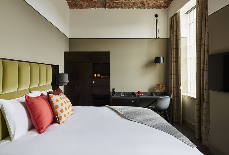 Hotel Indigo Dundee-King Bed Guest Room<br/>Image from Leonardo