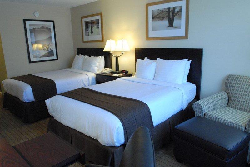 Holiday Inn Canton (Belden Village)-2 Queen Beds<br/>Image from Leonardo