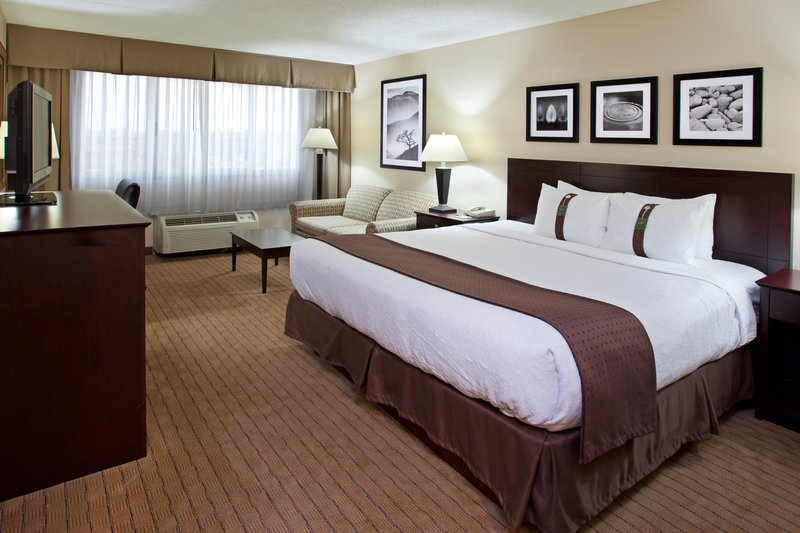 Holiday Inn Canton (Belden Village)-King Bed Guest Room with sleeper sofa<br/>Image from Leonardo