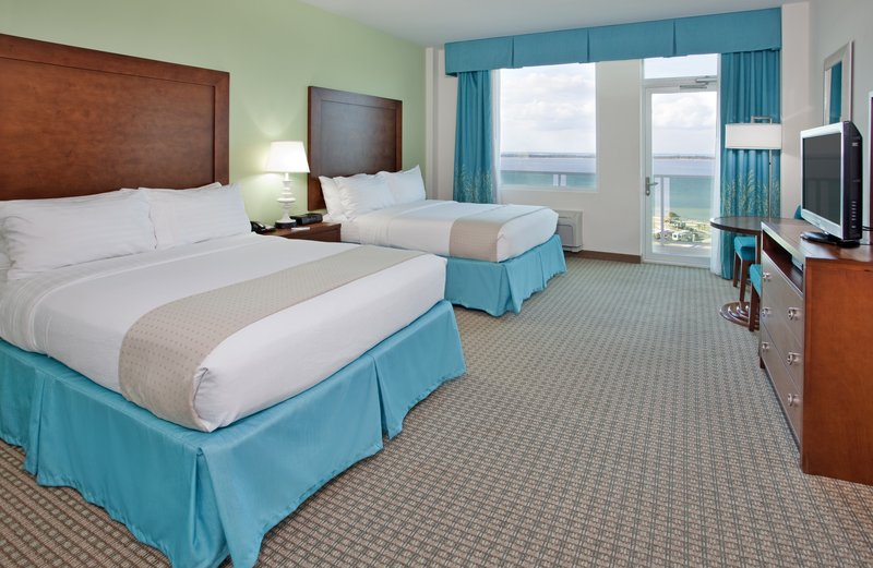 Holiday Inn Resort Pensacola Beach Gulf Front-2 Queen Beds w/Private Balcony &180 Degree Gulf View in Pensacola<br/>Image from Leonardo