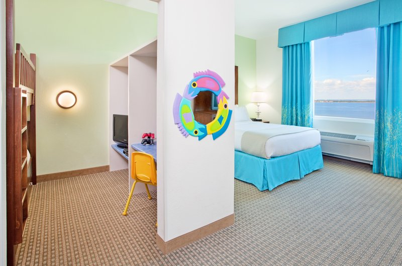 Holiday Inn Resort Pensacola Beach Gulf Front-Little ones love the bunk beds & gaming system in our Kid's Suites<br/>Image from Leonardo