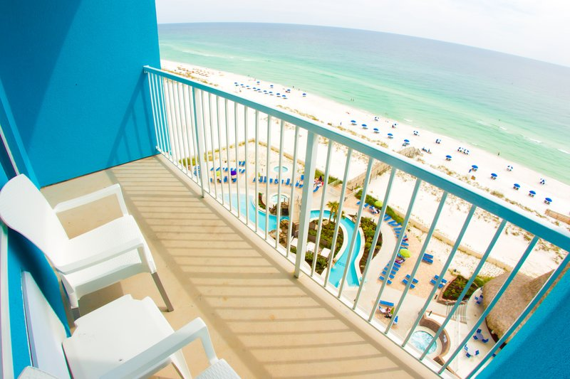 Holiday Inn Resort Pensacola Beach Gulf Front-See miles of Pensacola white sand beaches on your private balcony!<br/>Image from Leonardo