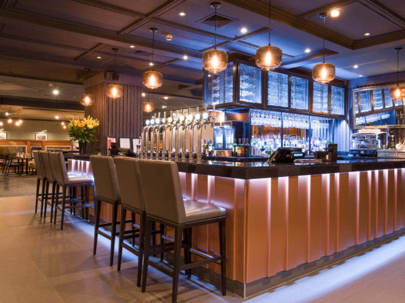 Crowne Plaza Nottingham-Bar and Lounge<br/>Image from Leonardo