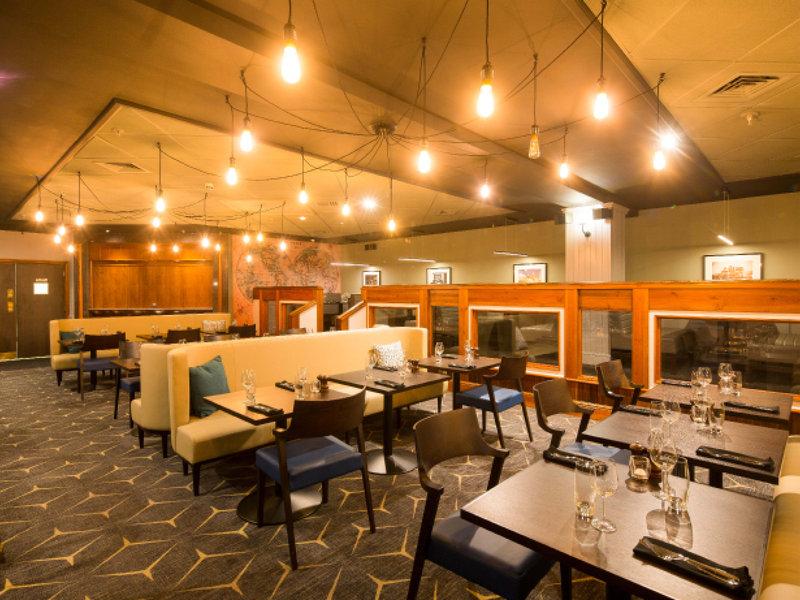 Crowne Plaza Nottingham-Restaurant<br/>Image from Leonardo