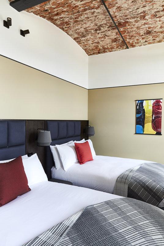 Hotel Indigo Dundee-Superior Room<br/>Image from Leonardo