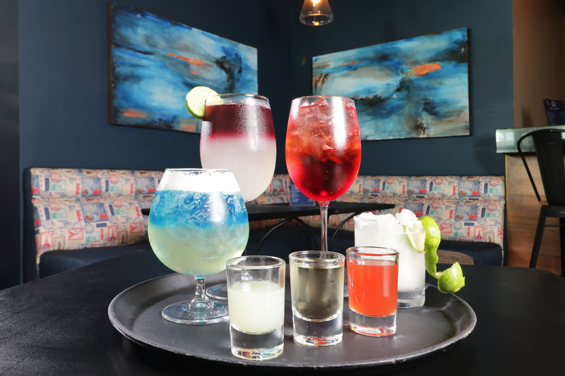 Holiday Inn Hotel & Suites Hermosillo Aeropuerto-Bar and Lounge<br/>Image from Leonardo