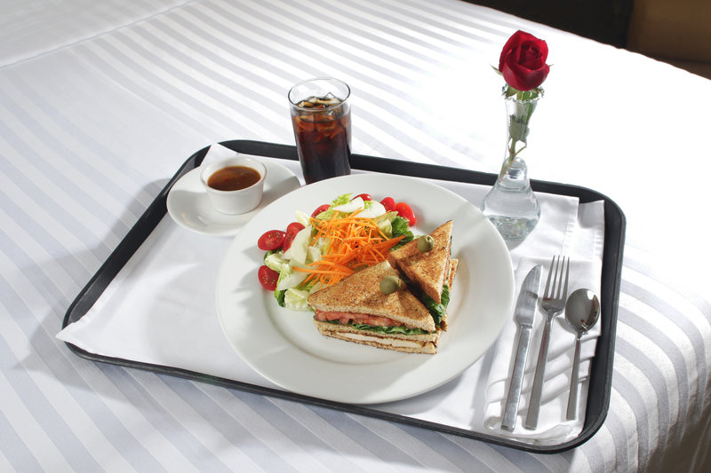 Holiday Inn Hotel & Suites Hermosillo Aeropuerto-Room Service<br/>Image from Leonardo
