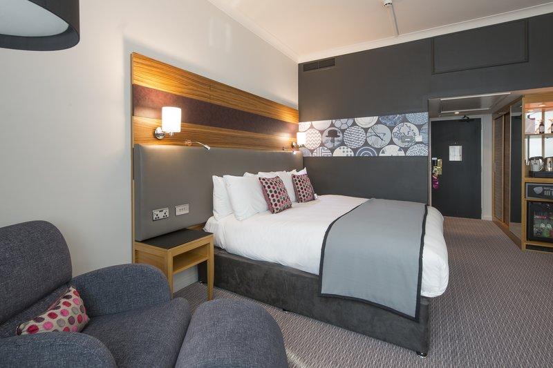 Crowne Plaza Nottingham-Club Floor Room<br/>Image from Leonardo