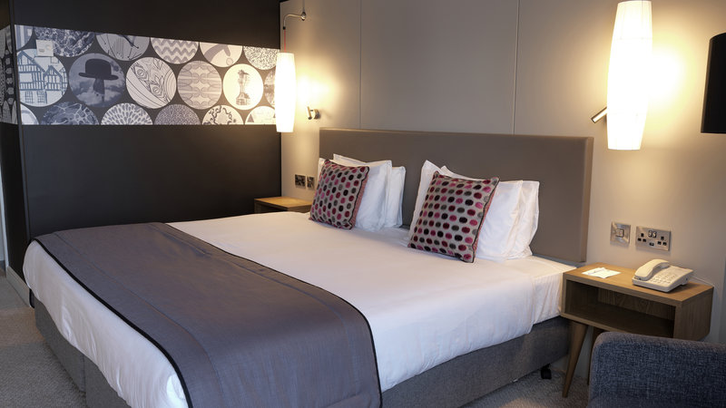Crowne Plaza Nottingham-Guest Room<br/>Image from Leonardo