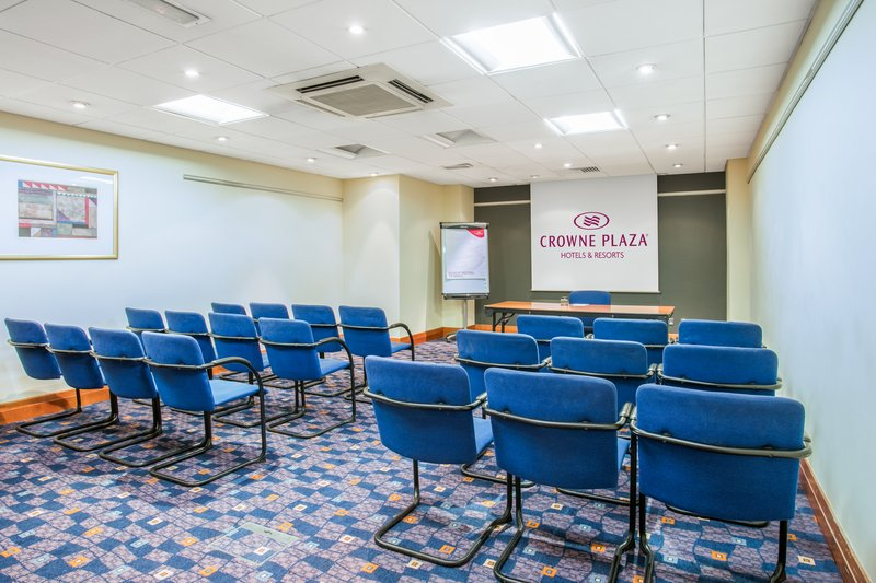 Crowne Plaza Nottingham-Meeting Room<br/>Image from Leonardo
