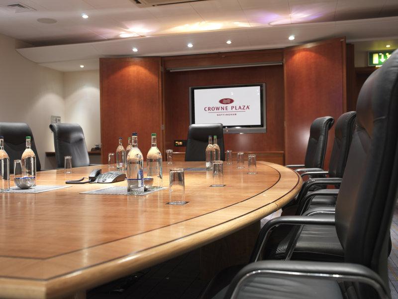 Crowne Plaza Nottingham-Executive Boardroom<br/>Image from Leonardo