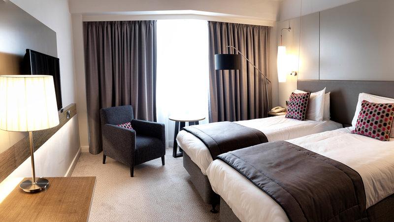 Crowne Plaza Nottingham-Superior Room<br/>Image from Leonardo