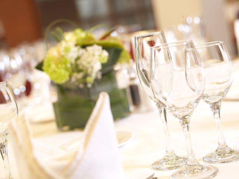 Crowne Plaza Nottingham-Dinner Special Events<br/>Image from Leonardo