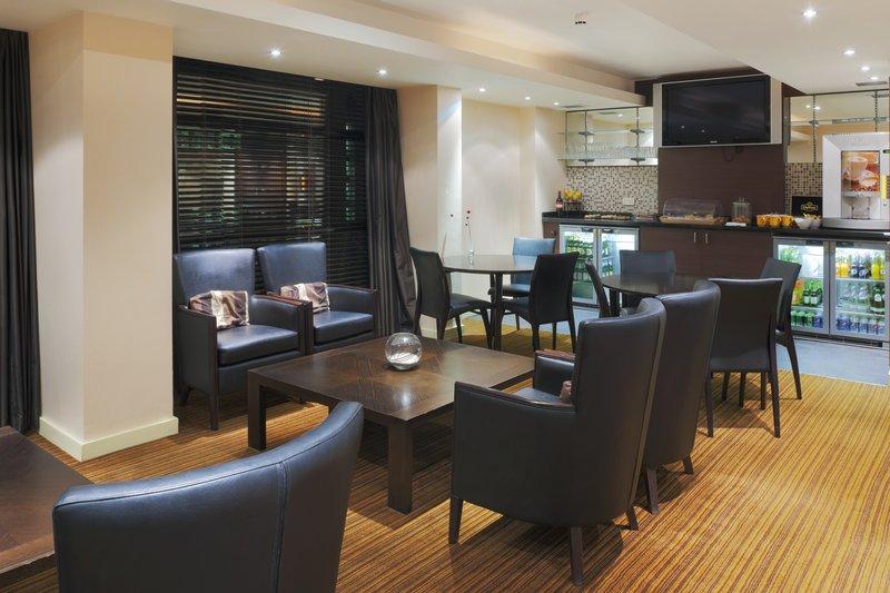 Crowne Plaza Nottingham-Club Floor Lounge<br/>Image from Leonardo