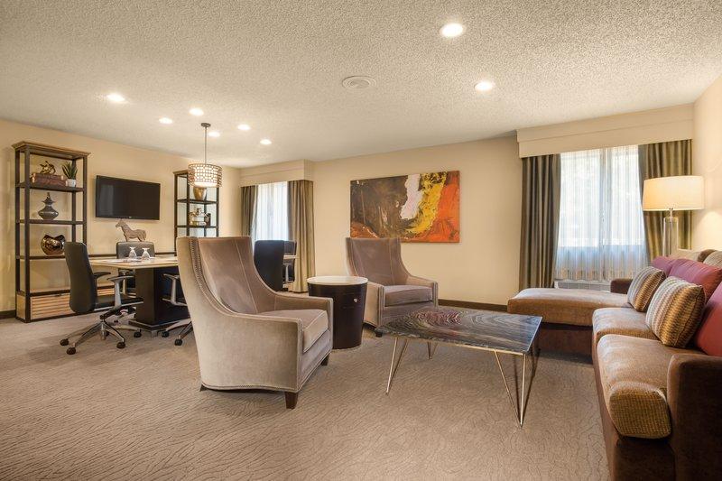 Crowne Plaza Dallas Galleria-Specialty Suite Living Area<br/>Image from Leonardo